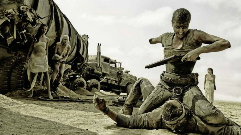 mad-max-fury-road-charlize-theron-furiosa-tom-hardy-action-movie-review