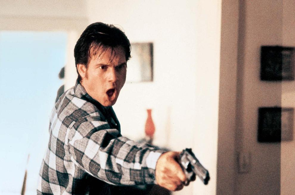 bill-paxton-in-one-false-move-1992